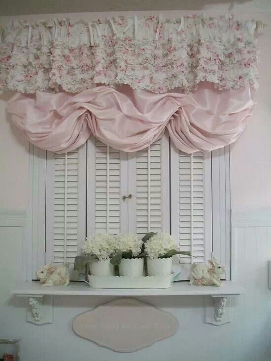Window Treatment Cute way to fluff up a peekaboo kitchen :)