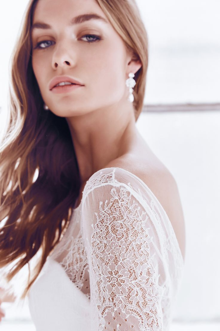 Anna Campbell Ceremony Collection  Milla Lace Wedding Dress