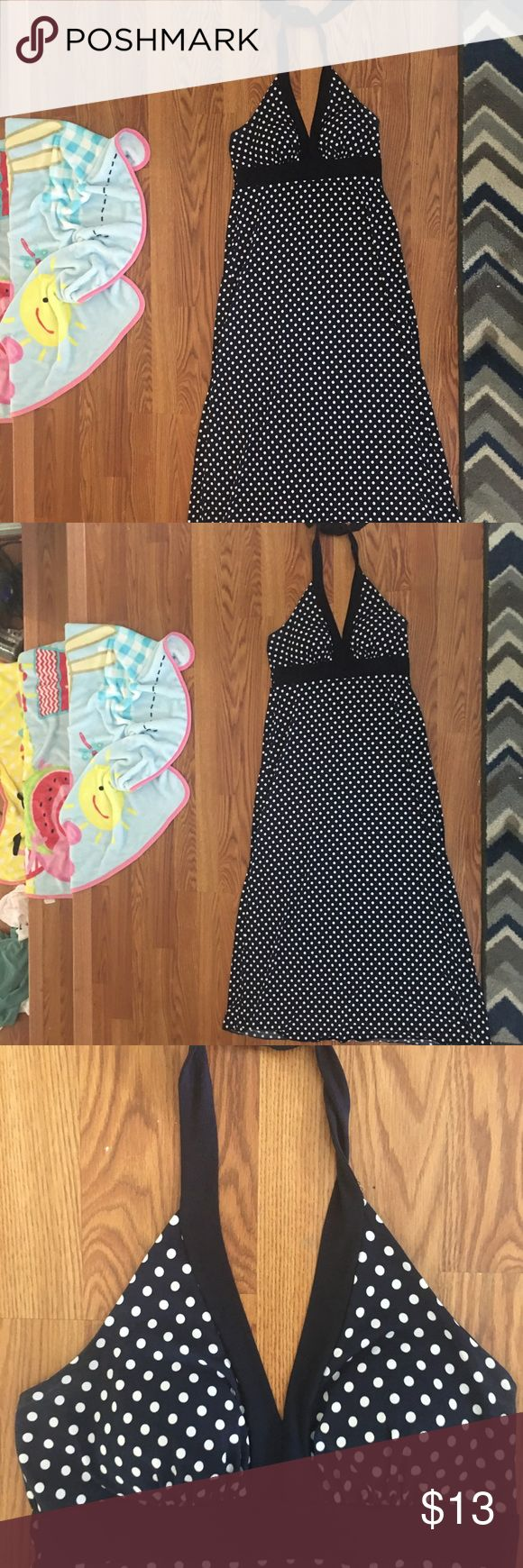 EUC women's sz 14 long dress! EUC women's sz 14 long dress! Dress is stretchy material and is navy blue with white polka dots! Dresses Maxi