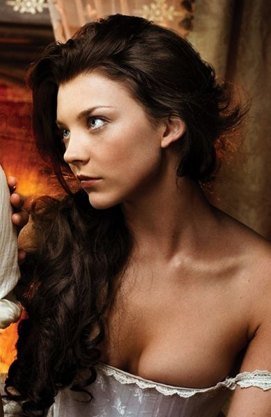 natalie dormer as Anne Boleyn in The Tudors - I find her enchanting.