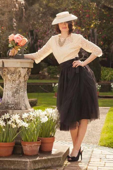 Bloom Skirt Black