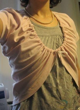 T Shirt Shrug : Image 1 of 2