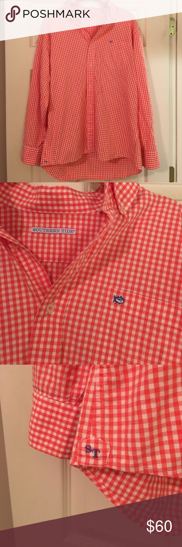 Men's Southern Tide Button Down Shirt Coral gingham Southern Tide men's shirt- size large Southern Tide Shirts Casual Button Down Shirts