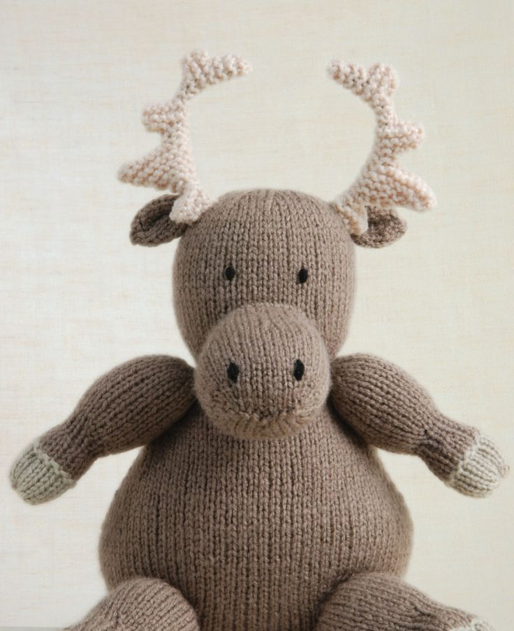 Knitted Wild Animals by Sarah Keen #knitting #moose