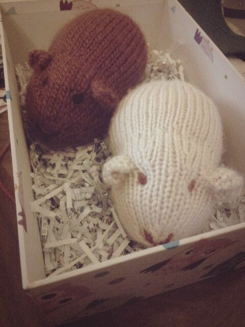 Guinea pigs. Pattern made up by Yee Yang Knits ...