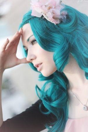 vibrant teal hair by StarMeKitten