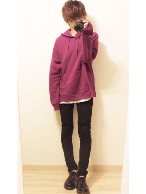紫パーカー×黒スキニー 紫かわいい☺️ 【サイズ】 トップス     L インナー     XL