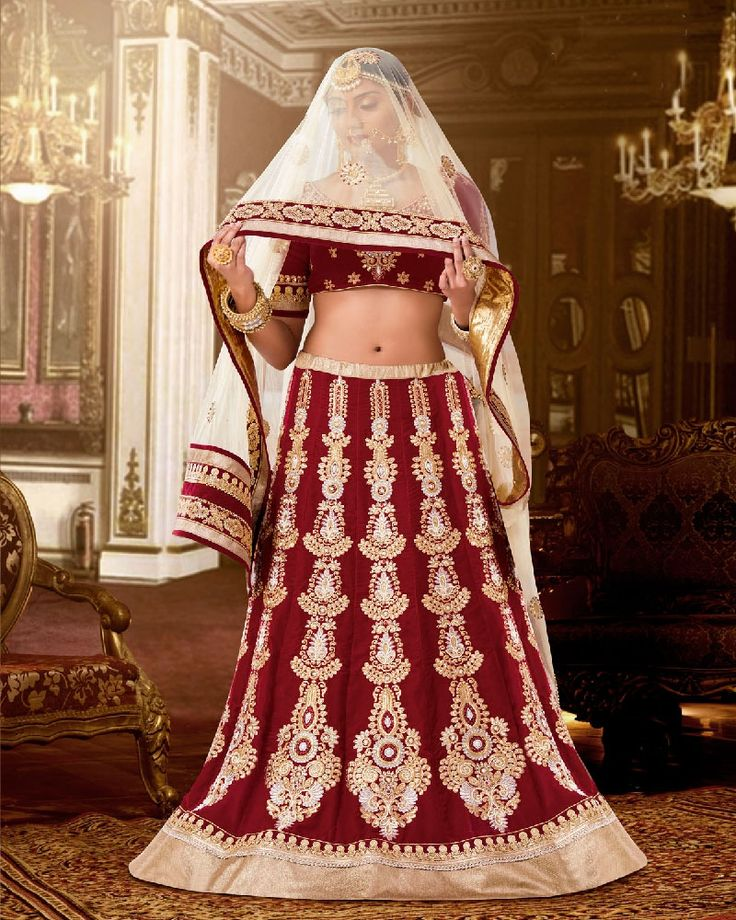 Buy Baronial Patch Border Work Lehenga Saree. Rich look attire to give your a right choice for any party or function.