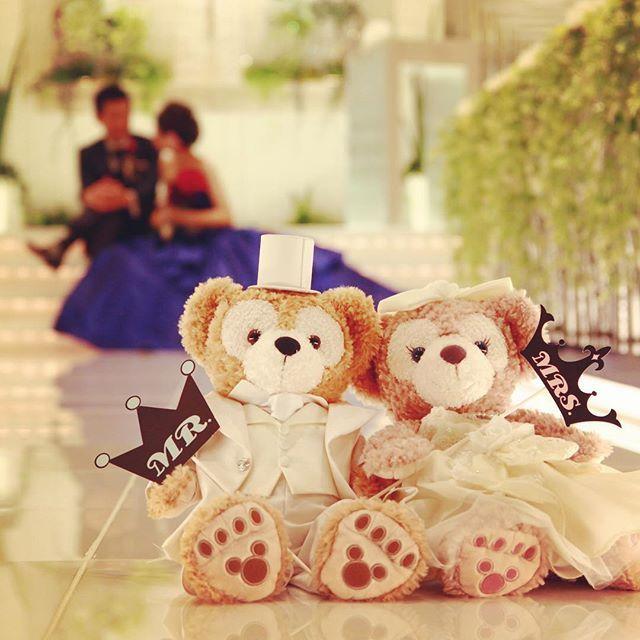 """Mr. and Mrs."" #アルカンシエル横浜 #バージンロード #結婚式 #チャペル #新横浜 #ブライダル #ウェディング #プレ花嫁 #フオトプロップス #photoprops #かわいい #ダッフィー #シェリーメイ #Duffy #shelliemay #ウェルカムベア #ウェルカムドール #arcenciel #wedding #virginroad #yokohama #Instagram #happy #smile #ゼクシィ #love"