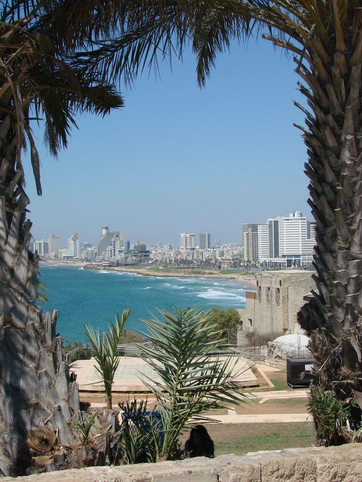 Coastline of Tel Aviv, Israel. #TelAviv #WorldBeautifulPlaces