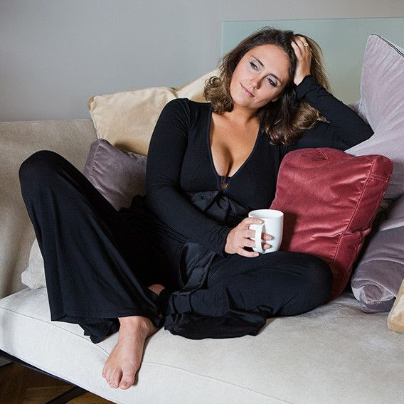 Lounge & sleepwear with customisable body-bust fit flattering all body shapes including busty petites, curvy and plus size. Gentle breast support up to J Cups.