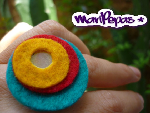 Felt and recycled cds ring Yellow red and aqua felt by MariPepas, $10.00
