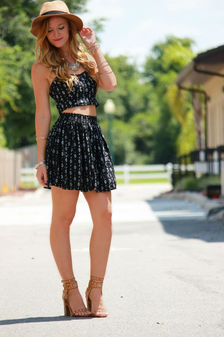 Matching separates and fedora, summer outfit