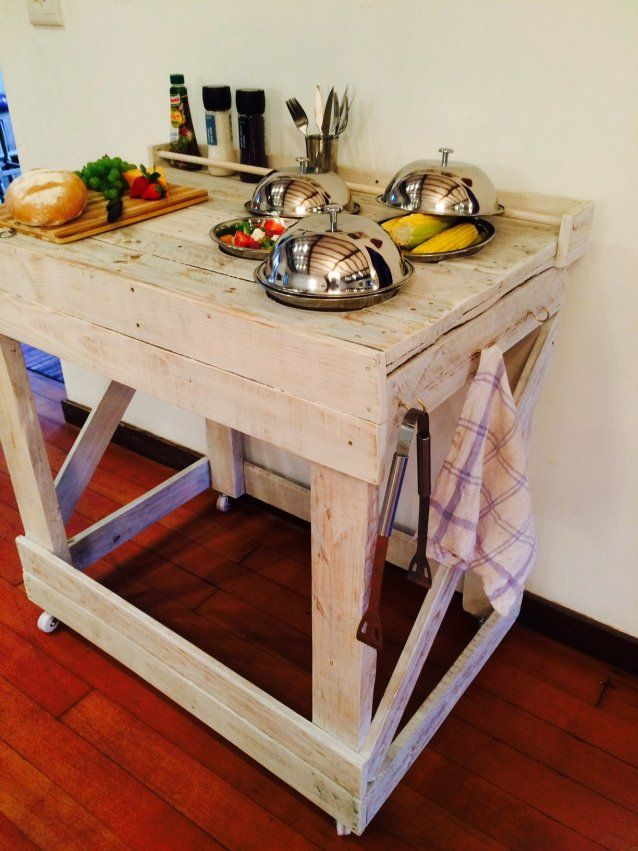 Portable wooden server by Pallet Perfect. Wooden server on wheels with 3 stainless steel bowls and lids, breadboard, 3 cup hooks and condiment rack