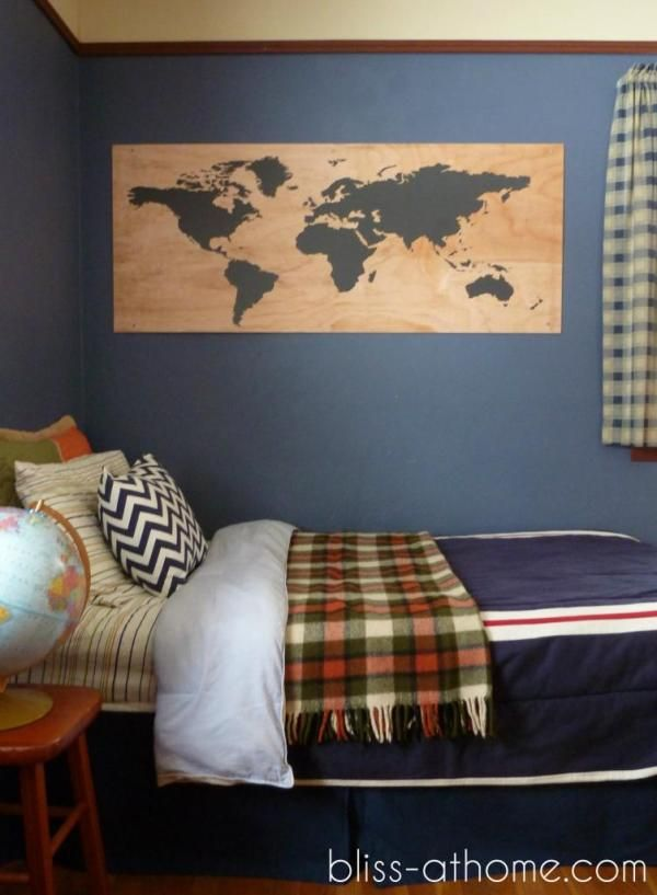 Best UB Cribs Images On Pinterest College Dorm Rooms - Boys room with maps