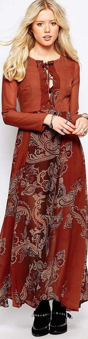 Glamorous Maxi Dress in Paisley Print