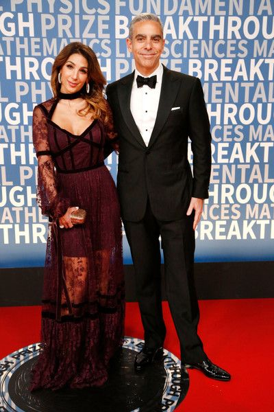 Stephanie Fanny Photos - Stephanie Fanny and Entrepreneur David A. Marcus attend the 2018 Breakthrough Prize at NASA Ames Research Center on December 3, 2017 in Mountain View, California. - Stephanie Fanny Photos - 1 of 4