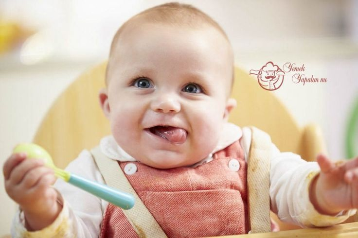 Bebeklerin gelişiminde beslenmenin rolü büyüktür. Bebekler ilk 6 ay anne sütü, eğer anne sütü yeterli gelmiyorsa, doktor tavsiyesi ile ek gıdayla beslenirler. Bebeklerin sağlıklı bir şekilde gelişmelerinde en büyük etken anne sütüdür. Uzmanlarda bebekleri anne sütü yeterli ise iki yaşına kadar emzirmelerini söylemektedirler. Bebeğin beyin ve vücut gelişimi için anne sütü dışında 6. aydan sonra ek gıda tercihleri de çok önemlidir. 6 Aydan Sonra Bebekler Bebekler 6. aylarını doldurduktan sonra…