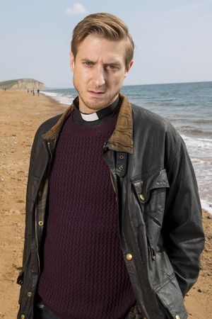 when I started watching Broadchurch on Netflix and I saw Arthur in it I was like.... OH MY GOODNESS!!!:D