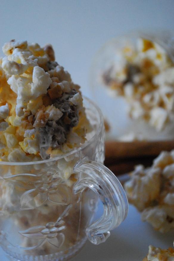 Eggnog toffee twix popcorn | Christmas | Pinterest