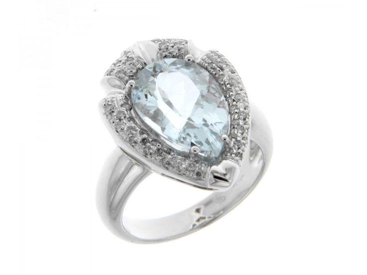 Anello in oro bianco con acqamarina a goccia ct. 5,15 e contorno a pave di diamanti carati 0,32 G-VVS1