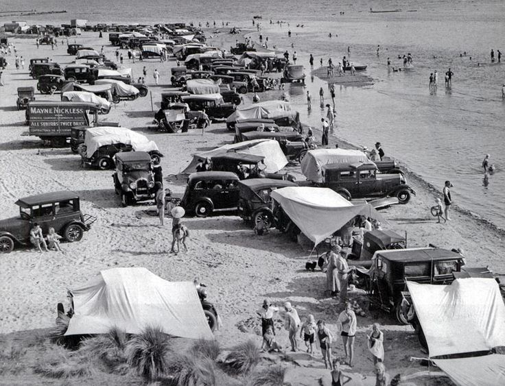 Parking on the beach Melbourne 1930s.