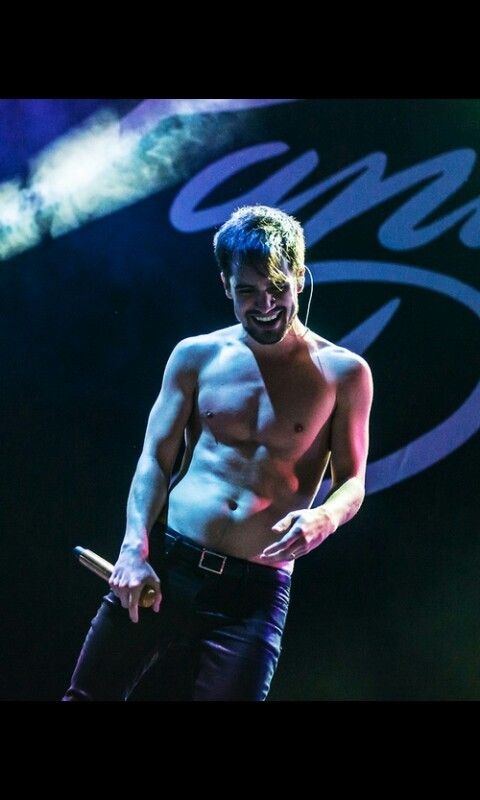 I don't normally pin shirtless pics. But when I do they're really attractive and holy smokes Brendon why you do this.
