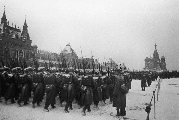 07 Nov 1941, Moscow, USSR --- Soviet soldiers on their way to the Front pass through Red Square