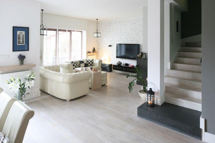 Jasny salon: 10 pięknych wnętrz z polskich domów  - zdjęcie numer 2