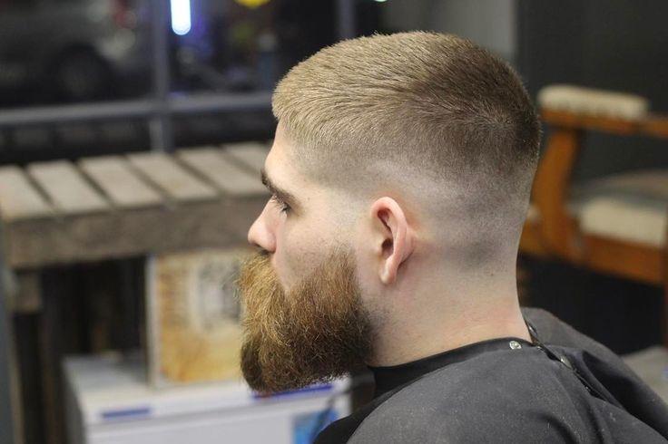 best 25 jarhead haircut ideas on pinterest ryan reynolds beard ryan reynolds hair and. Black Bedroom Furniture Sets. Home Design Ideas