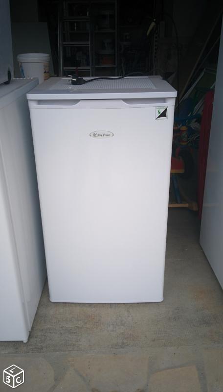 Petit frigo réfrigérateur neuf encastrable