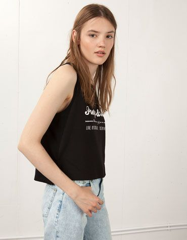 Bershka Islas Canarias - Camiseta cropped Bershka estampada