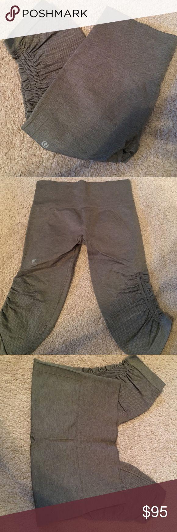 Lulu green crop Brand new Lulu Pants Leggings