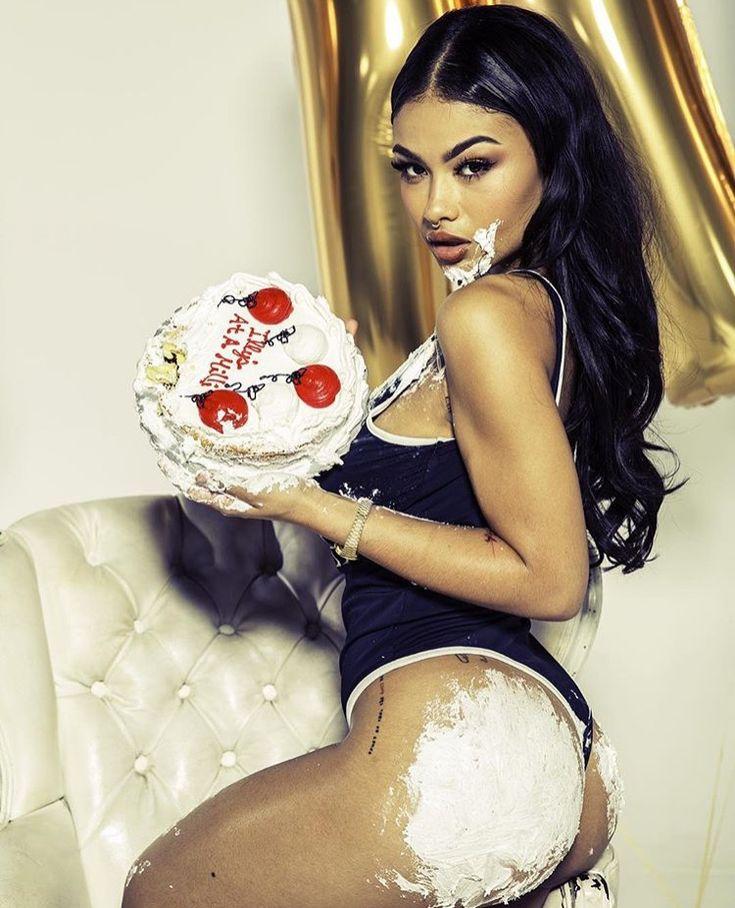 Birthday Cake To Uk From India