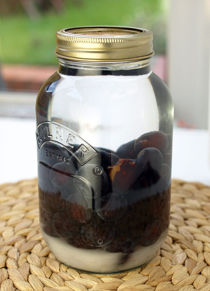 Sloe / Damson / Plum Gin Recipe- Summary: Damson Gin is a delicious alternative to the more well known Sloe Gin. This recipe isn't too sweet so is great mixed with tonic water.  Ingredients        500g Damsons      175g White granulated sugar      700ml Bottle of Gin      1 litre jar (as pictured) or bottle    see website for more info:)