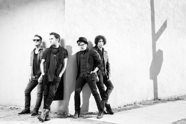 Stream - Fall Out Boy 'Save Rock And Roll' - TravisFaulk.com
