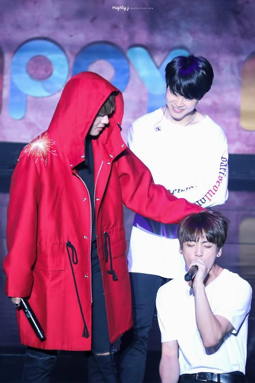 BTS - V, Jimin and Jungkook    this pic describes reality very good