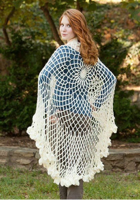 to wear round or folded in two for more warmth - free pattern (link under the picture!)
