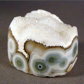 Ocean jasper with druzy quartz #crystal #mineral. Gorgeous.
