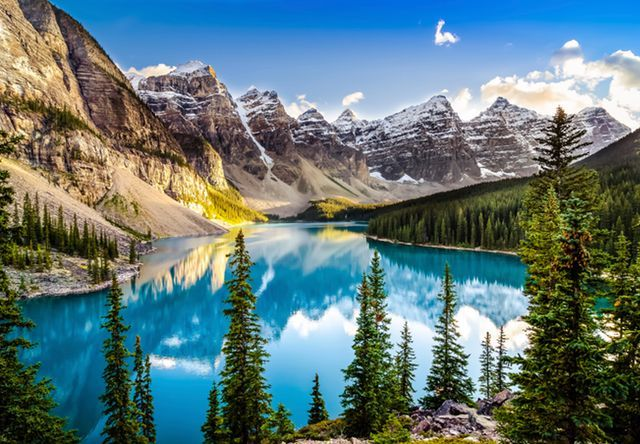 At være på Lonely Planets liste over 'verdens bedste rejsemål' er en ære. 2017-listens nr. 1 er oplagt med sin storslåede natur og menneskelige værdier. Men nr. 2 overrasker - for ikke at tale om 7, 8 og ...