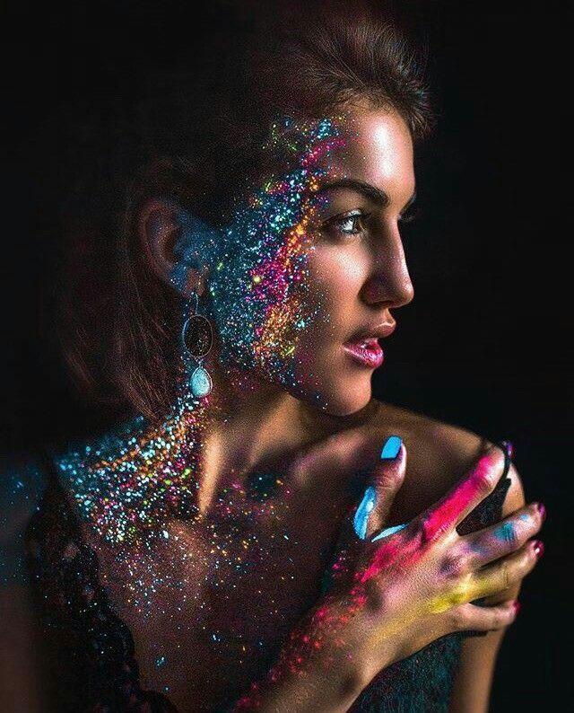 Photographie colorée inspiration de paillettes colorée créative
