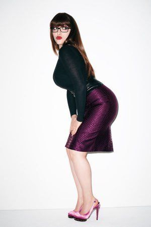 "Photos of Kat Dennings, among Hollywood's hottest women, largely due to Kat Denning's best ""assets."" Fans will also enjoy these TMI facts about Kat Denning's sex life. Kat Denning is the American actress best known as Max Black on the CBS sitcom 2 Broke Girls, where she pla..."