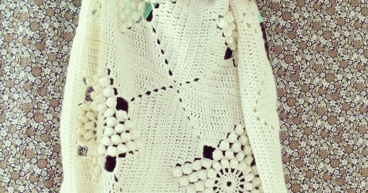 Wow, I was blown away by your kind comments on the Smitten Blanket. Many thanks!   As promised I'd come back here soon with the pattern. Wel...
