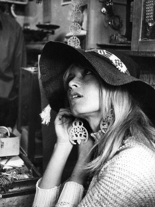 Sixties style. #UrbanBoho #trend