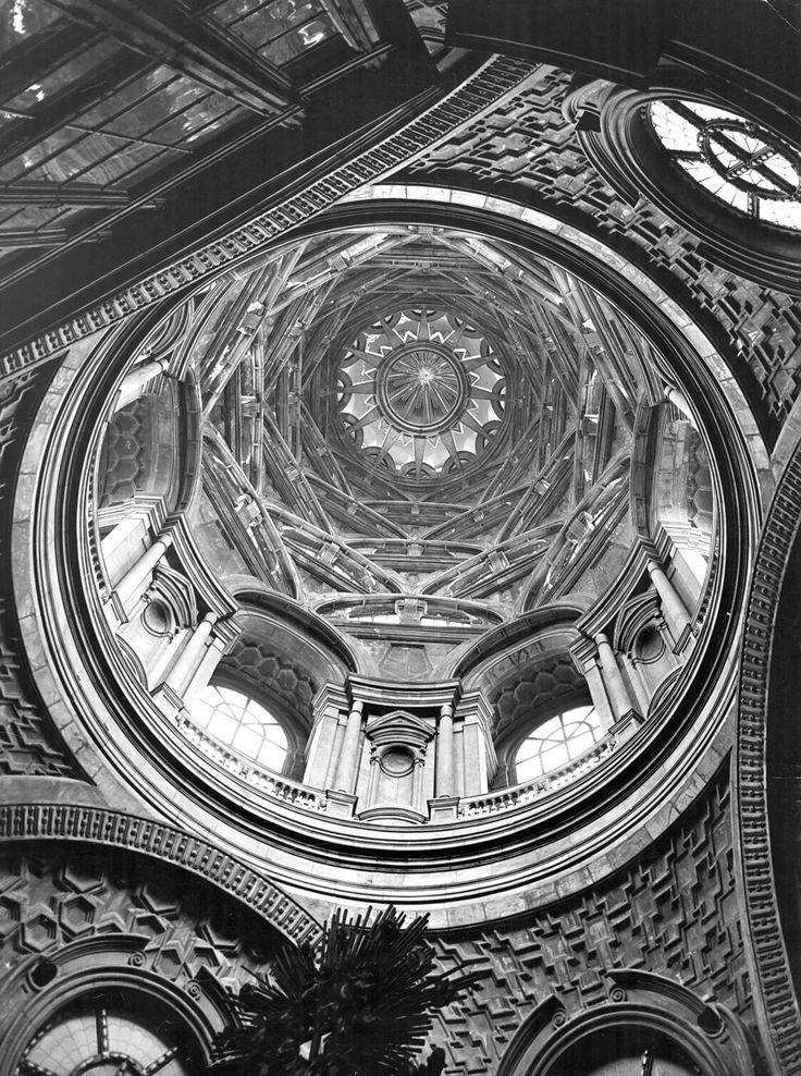 Guarino Guarini. Duomo. Cappella della Sindone (prima del rogo del 1997)