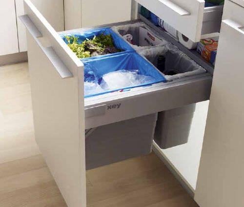 17 meilleures id es propos de poubelle de tri sur for Cuisine xey