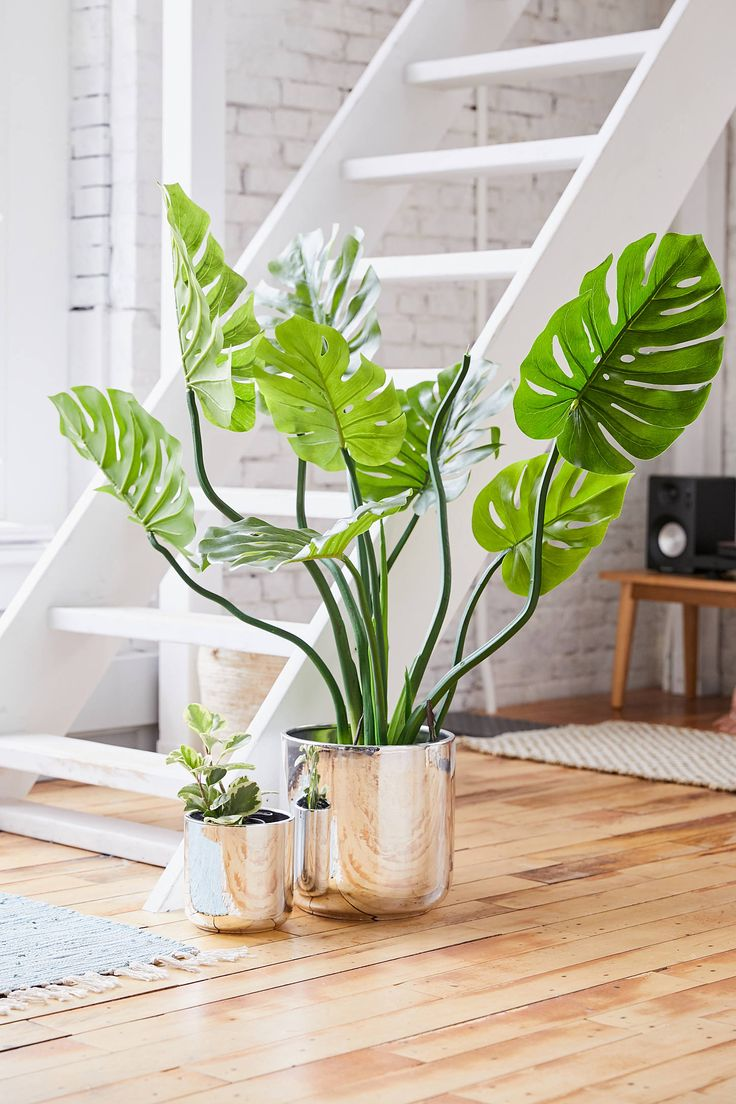 Urban Outfitters Chrome Glazed 10 Planter Bedroom plants