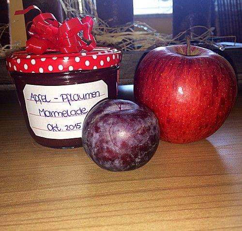Weihnachtliche Apfel - Pflaumen - Marmelade