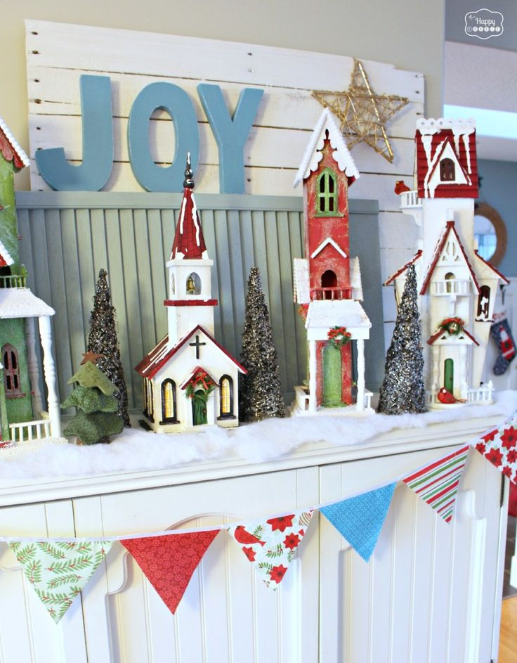 The happy housie christmas party tour of homes christmas mantel with