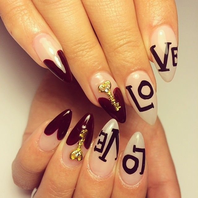 Acrylic love nails - Uñas acrilicas decoradas, diseño LOVE